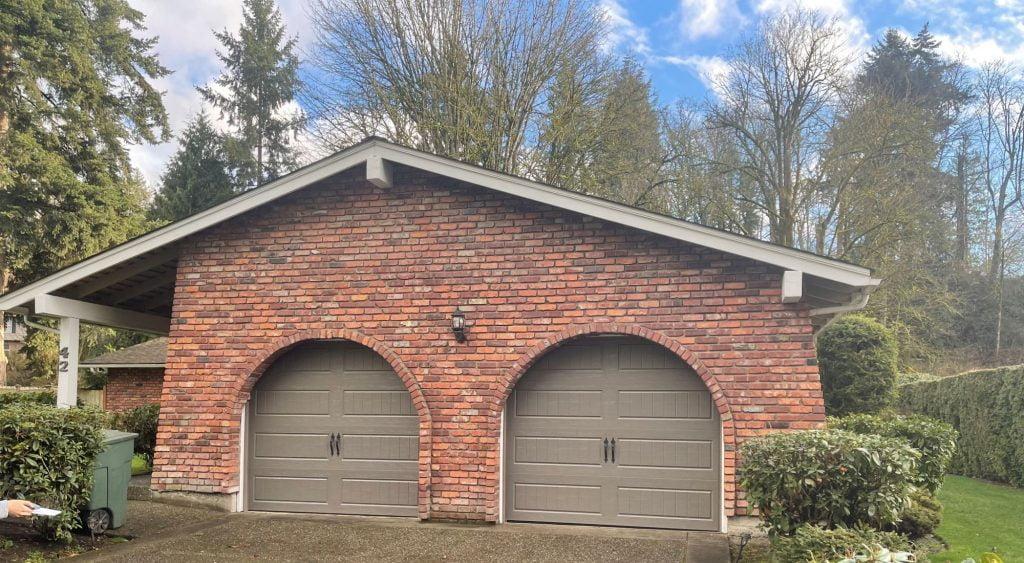 Banner Premier Garage Door Llc (9)